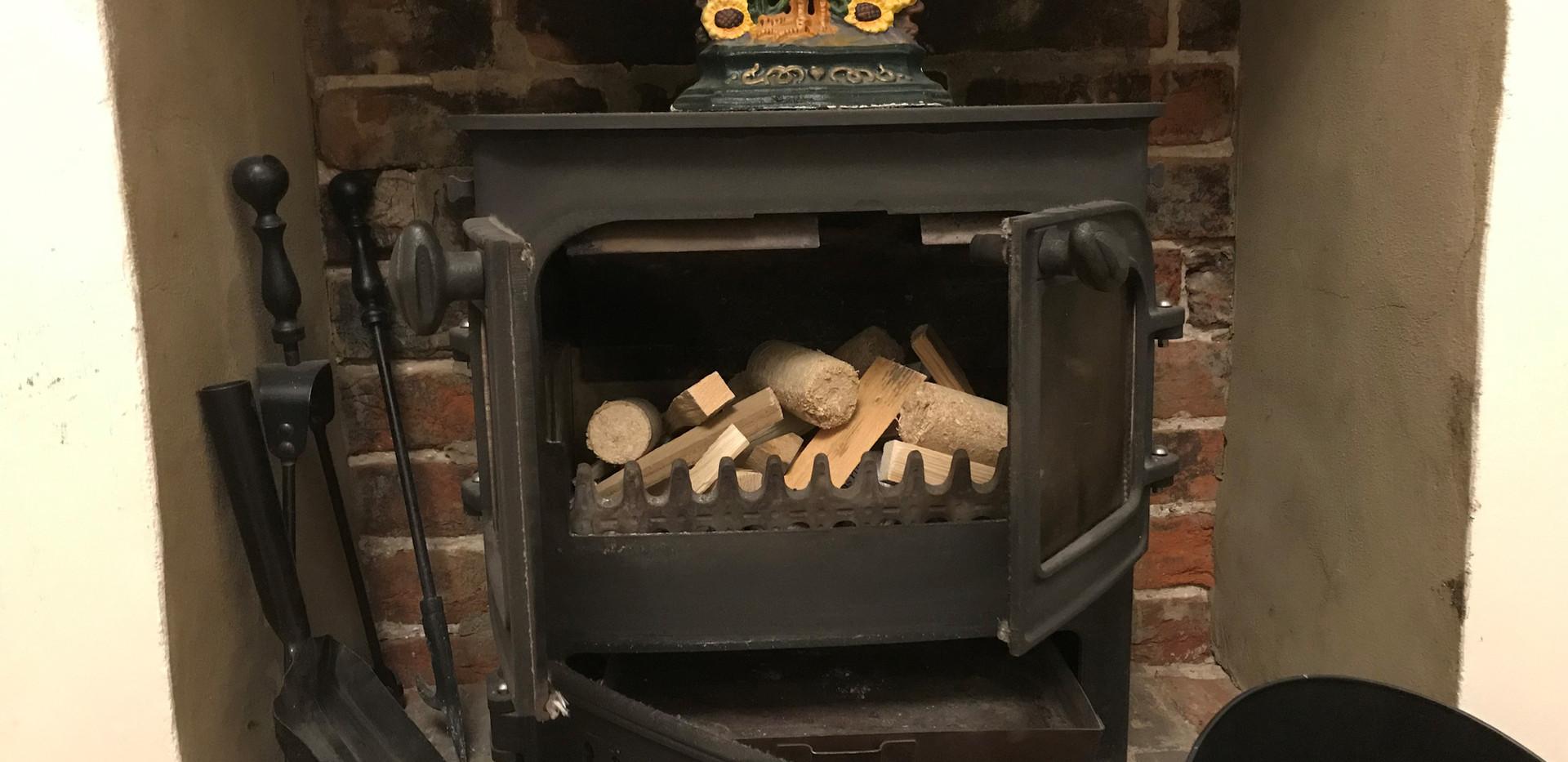 Flint Cottage: Woodburning stove