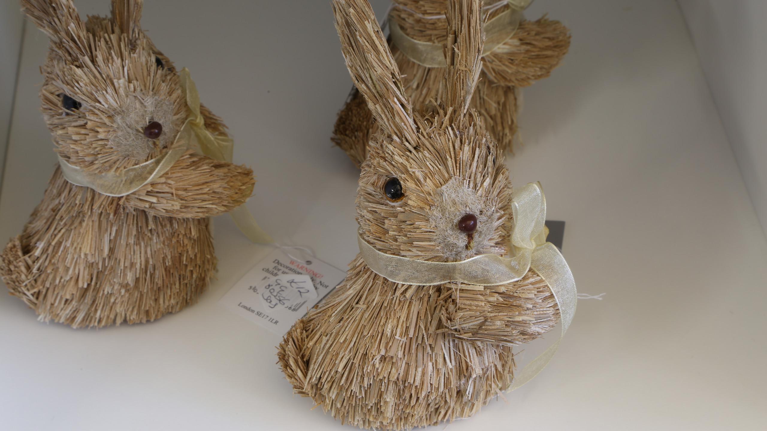 Natural Easter bunnies