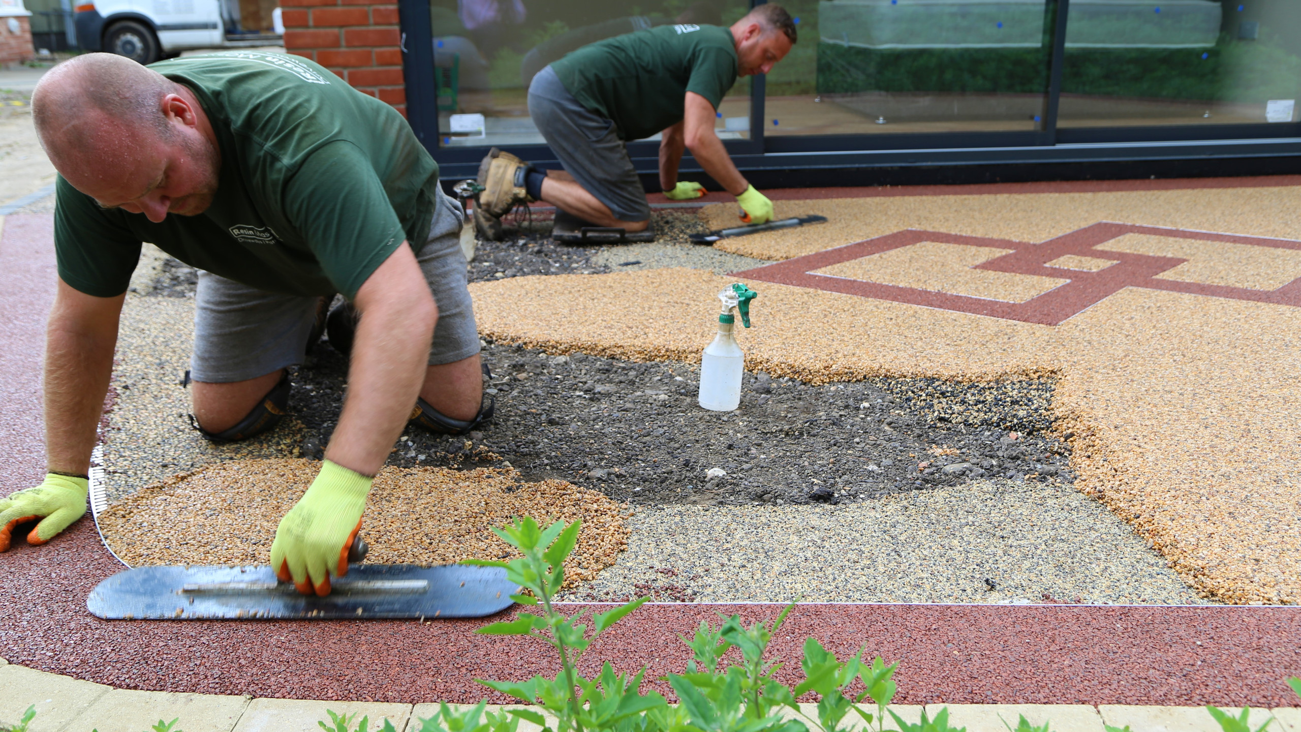 Laying resin in the show area