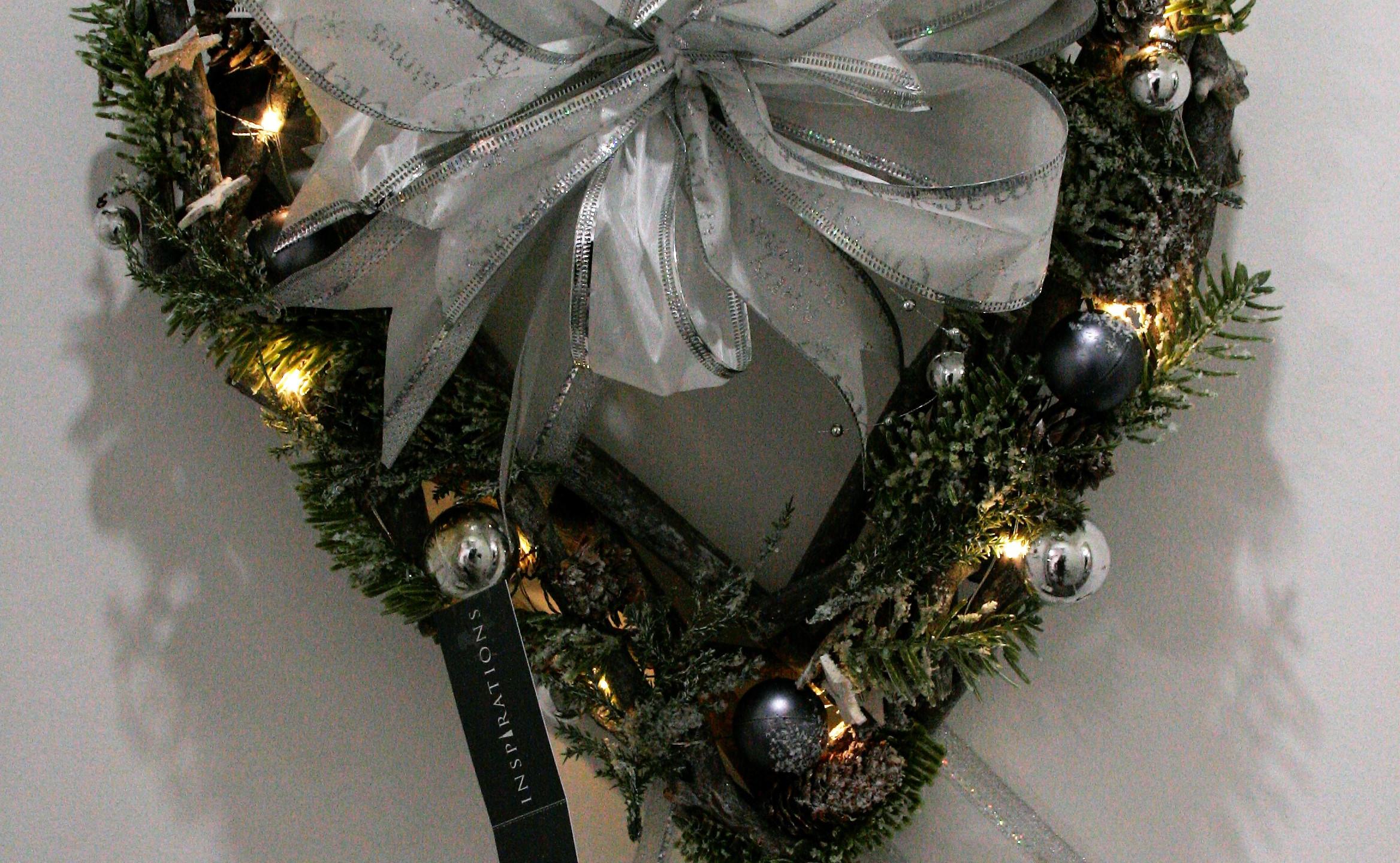 Small Christmas Wreath (2)
