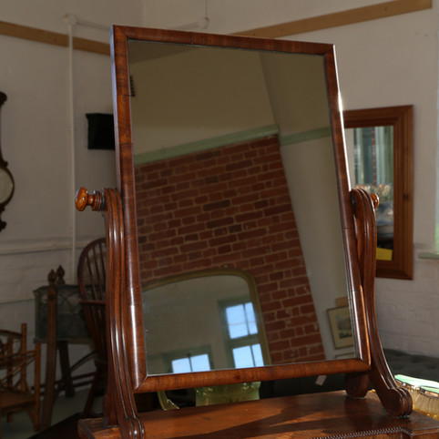 Large dressing table mirrot