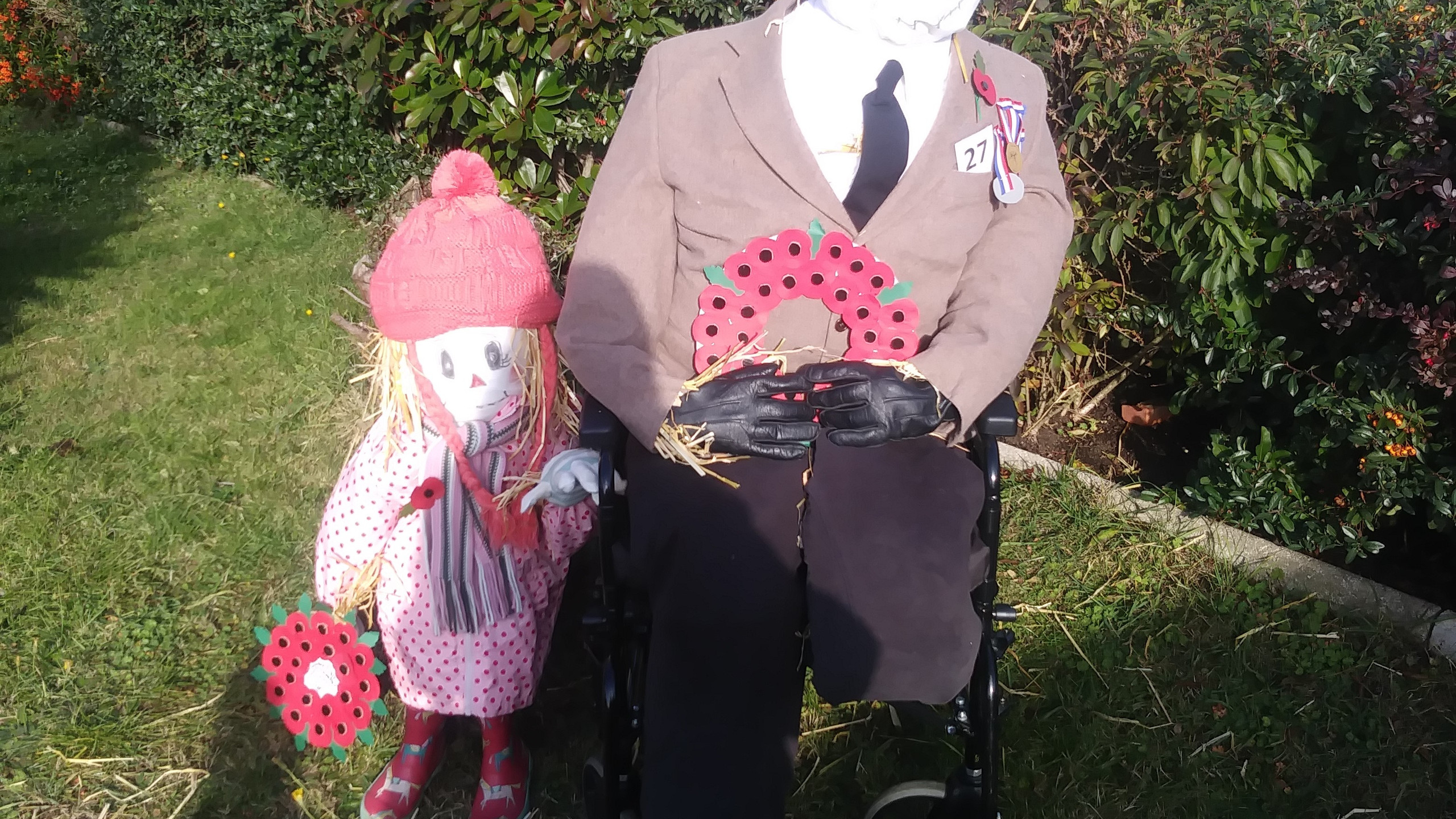 Poppy Day Scarecrows