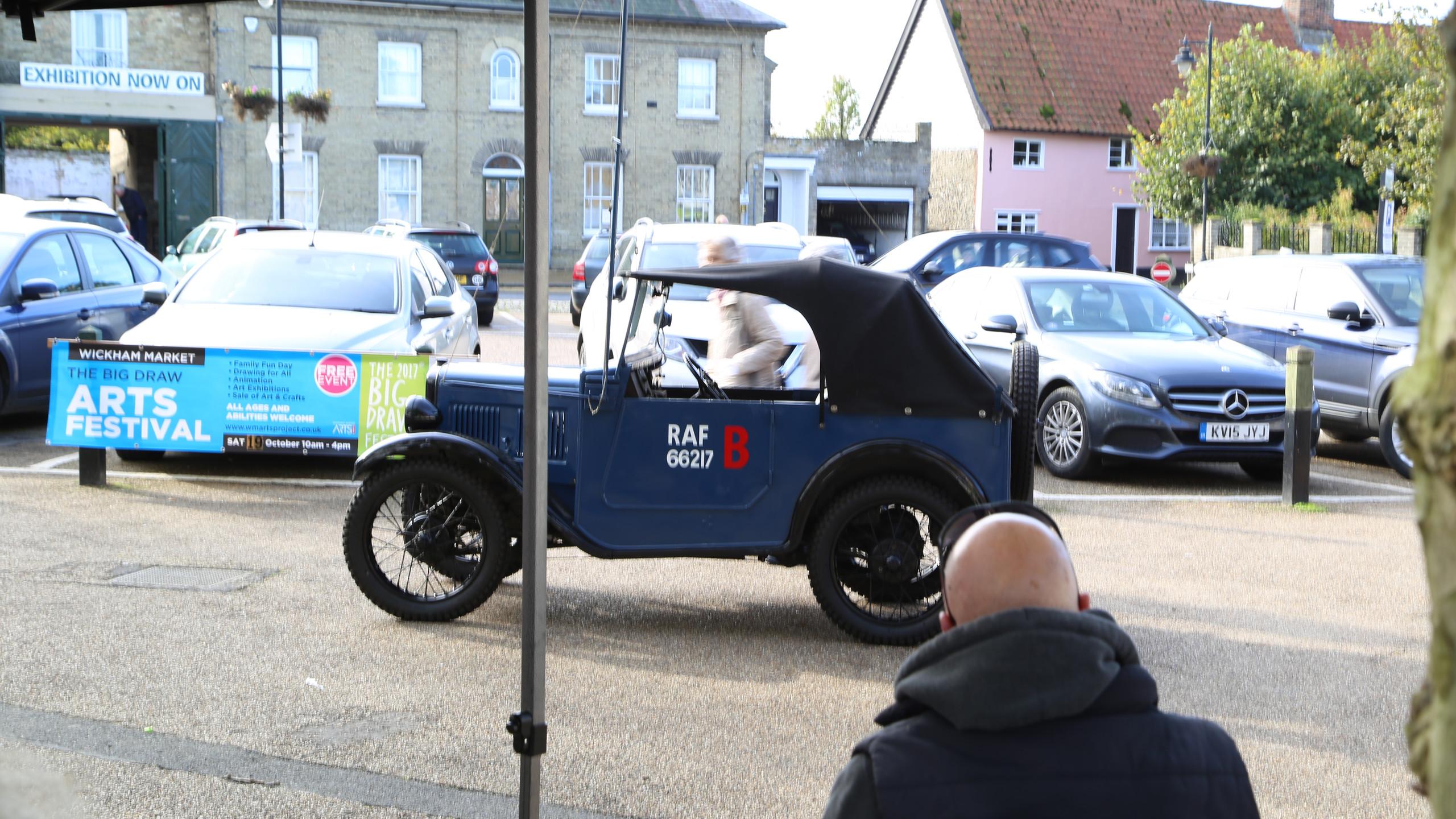 Blue RAF car