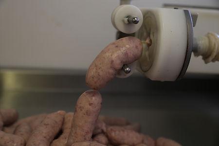 Making sausages 6.jpg