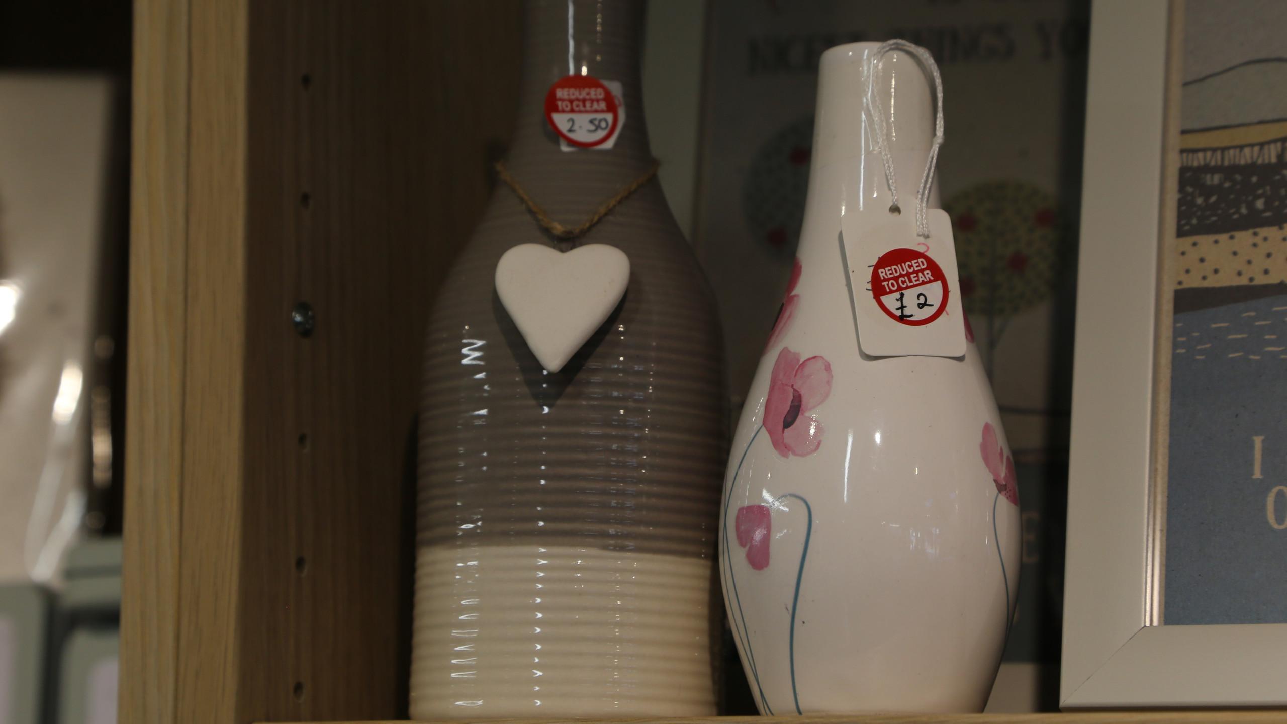 Sale ceramics
