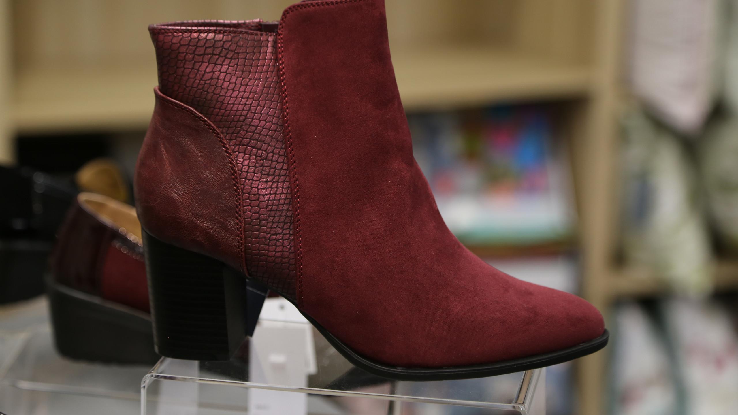 Burgundy Boots £39