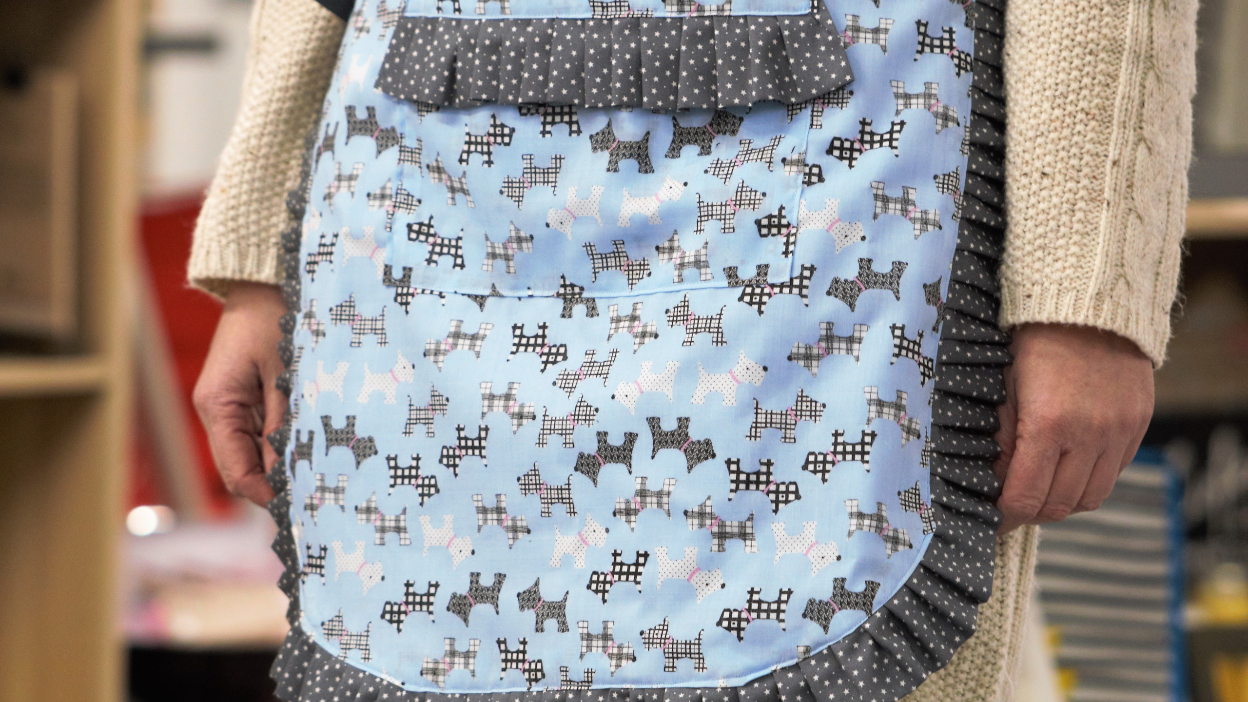 Spotted dog apron