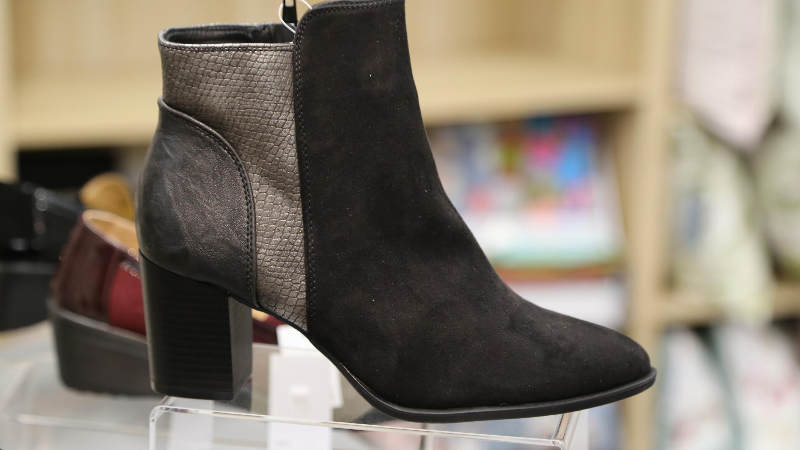 Black boot £39