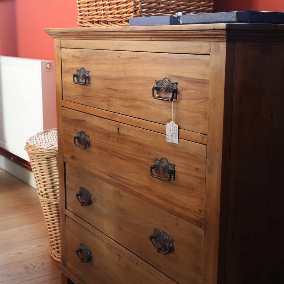 Large drawer chest