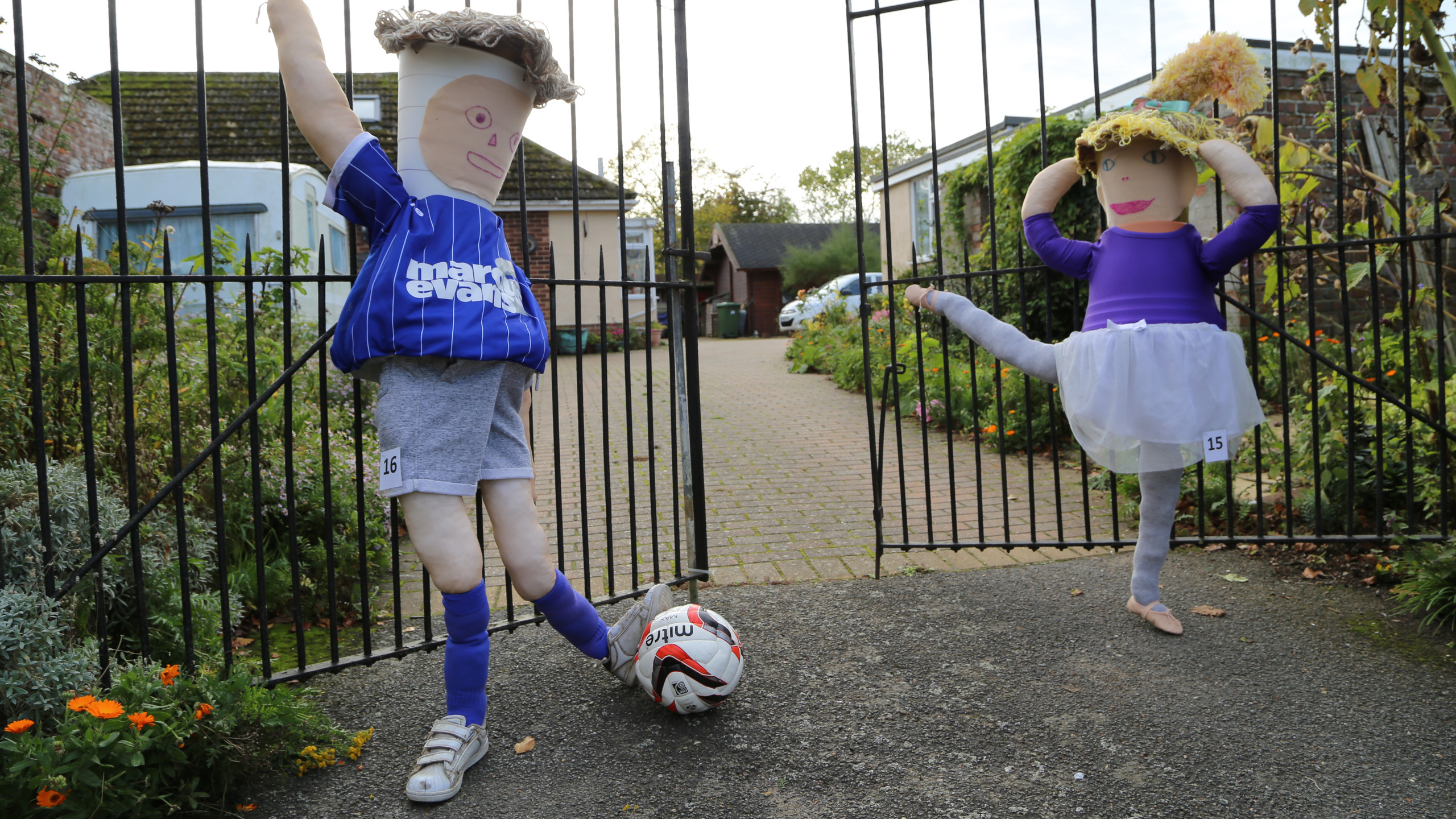 Sporting scarecrows