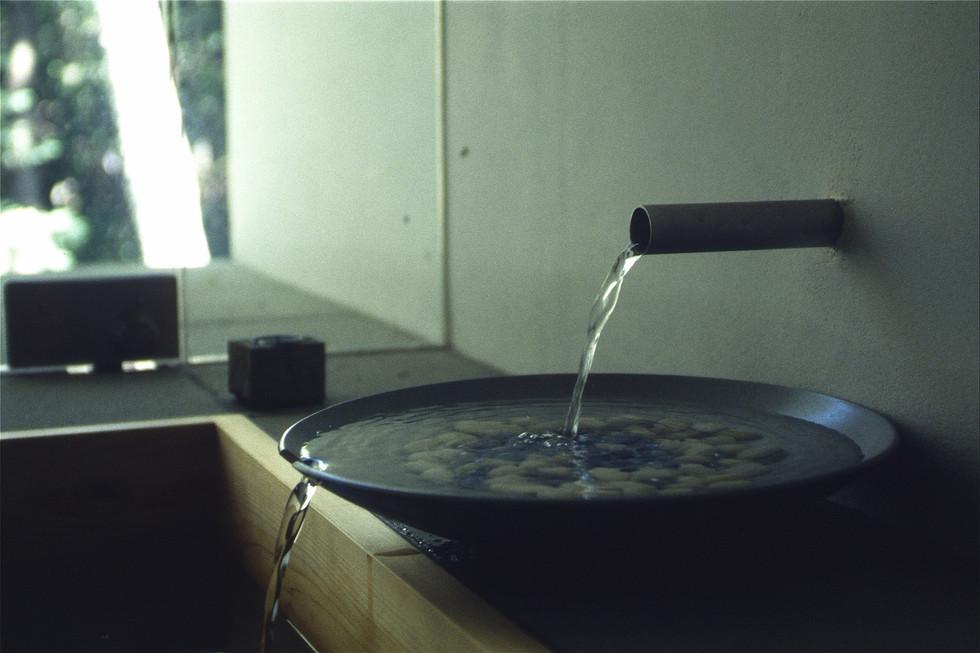 浴室(水注).JPG