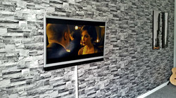 "42"" LED TV with Soundbar"