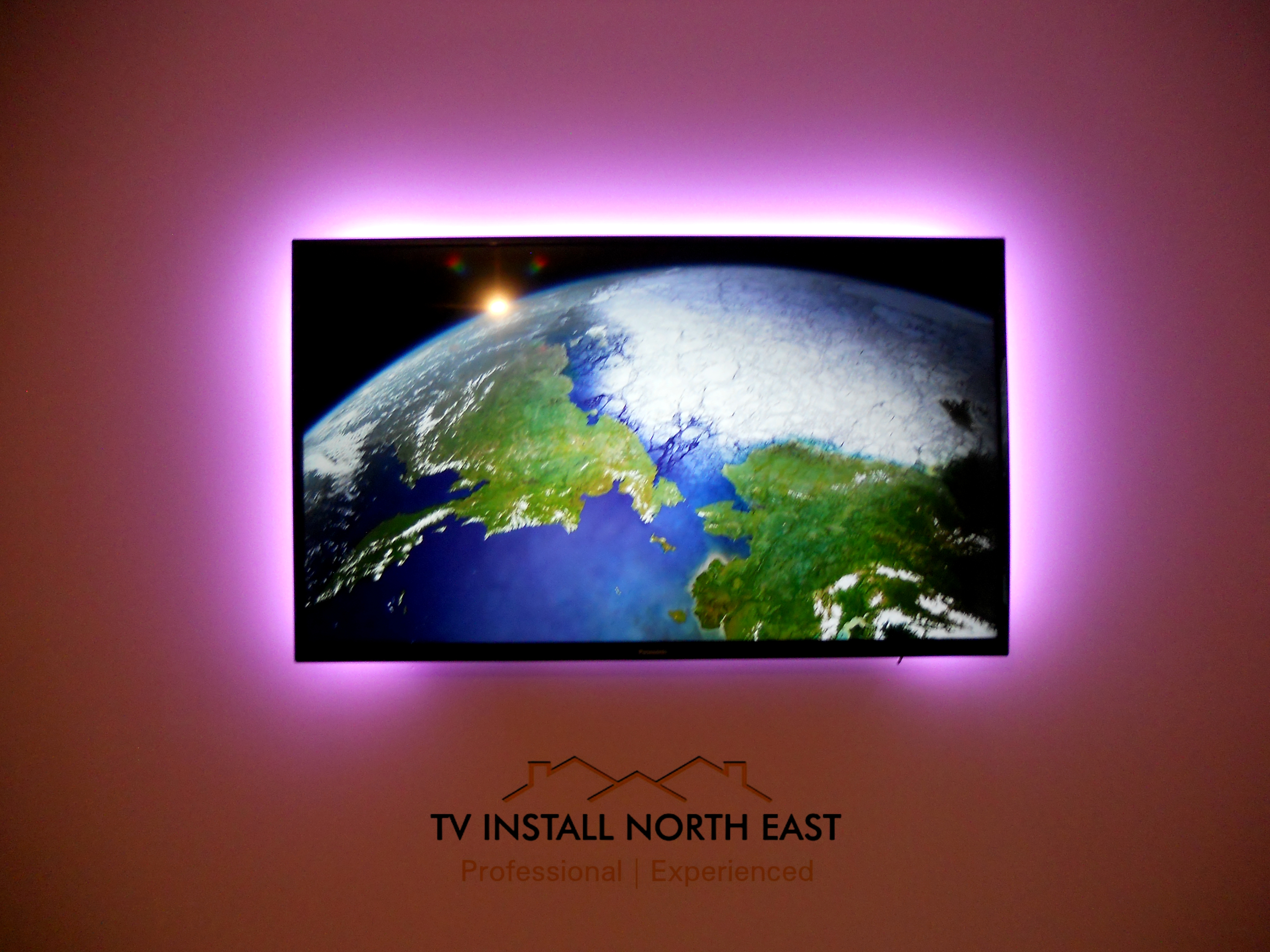 "Panasonic 48"" TV with LED backlights"