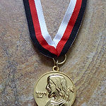 ieschouah medal recto web.jpg
