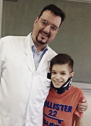 Avaliação 5 em cinco estrelas Dr Eric Grossi Neurocirurgia