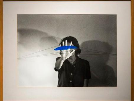 Helena Almeida: el arte del vuelo.