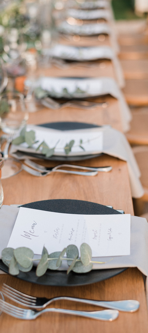 Edgy black and greenery wedding table