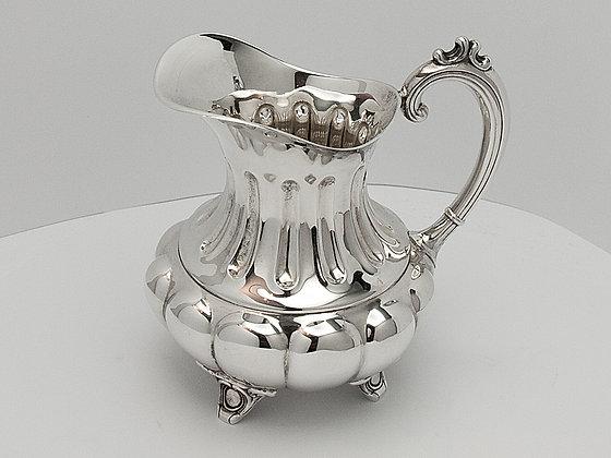 Liten sølv melk/fløtemugge