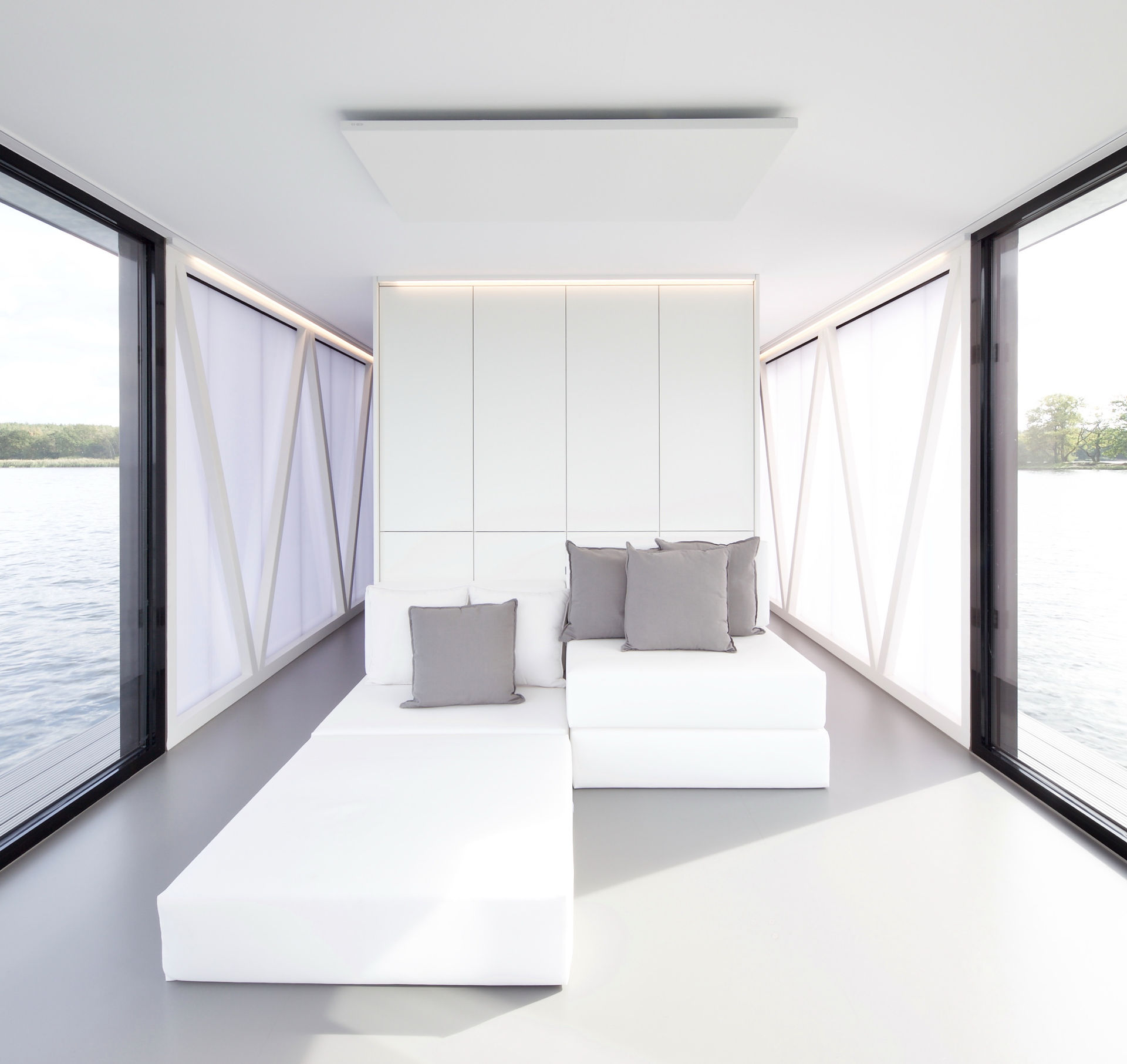 loungeboat_loungesofa1