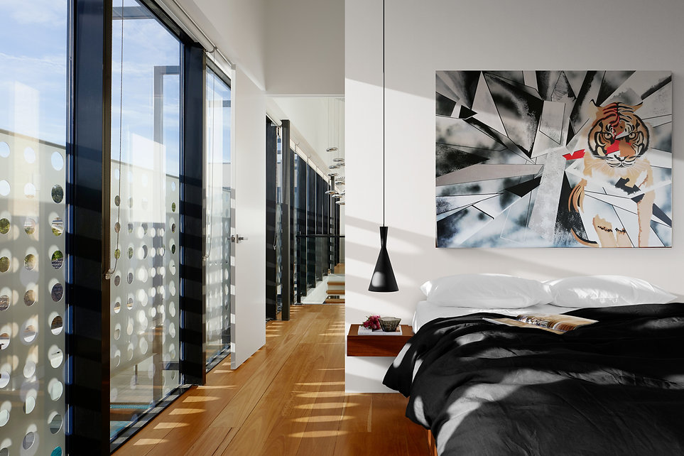 Stylish_apartment bedroom with the tiger