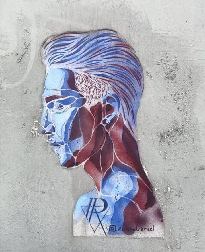 Ensemble Réel street art pochoir