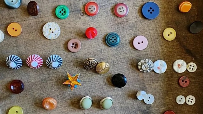 Scattered Buttons