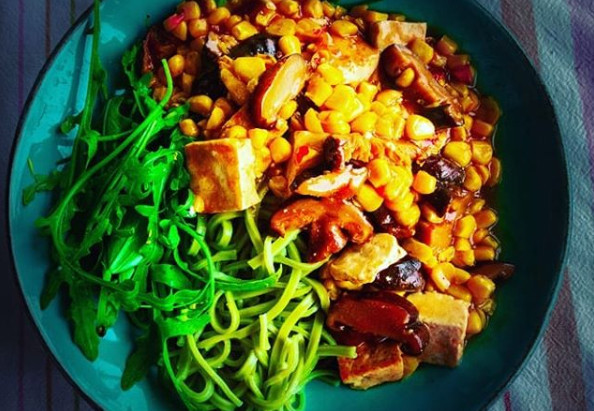 Green Noodles with Sweet and Spicy Tofu