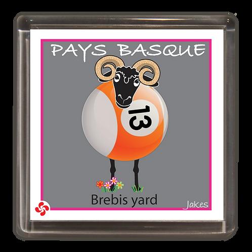 """Brebis yard"" Magnet"