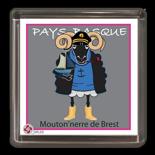 """""""Mouton'nerre de Brest"""" Magnet"""