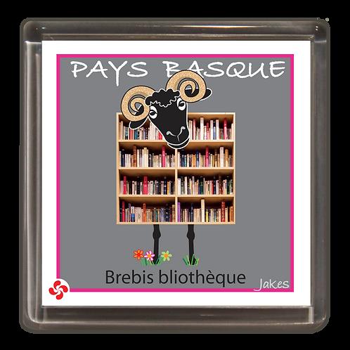 """Brebis bliothéque"" Magnet"