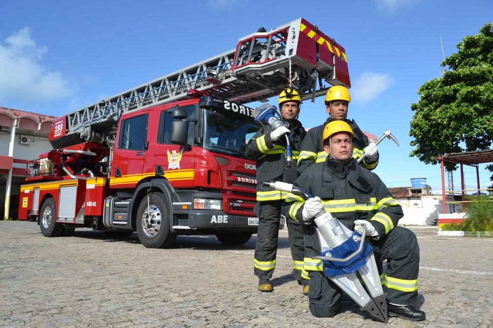bombeiro civil em salvador