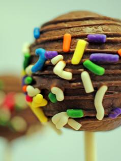 cake-pops-sprinkles.jpg