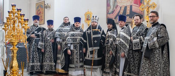 Митрополит Игнатий совершил Литургию Преждеосвященных Даров