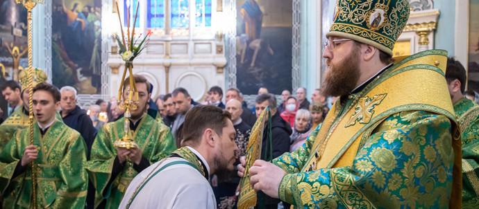 Настоятель нашего Храма удостоен Патриаршей награды