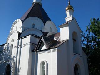 В строящемся храме в честь св. блгв. кн. Александра Невского совершаются молебны