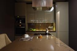 16. Кухня. Квартира в стиле современная классика
