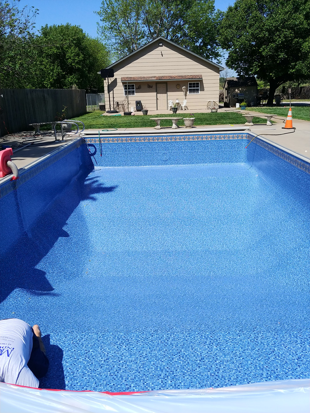 empty pool with new 27 mil liner installed