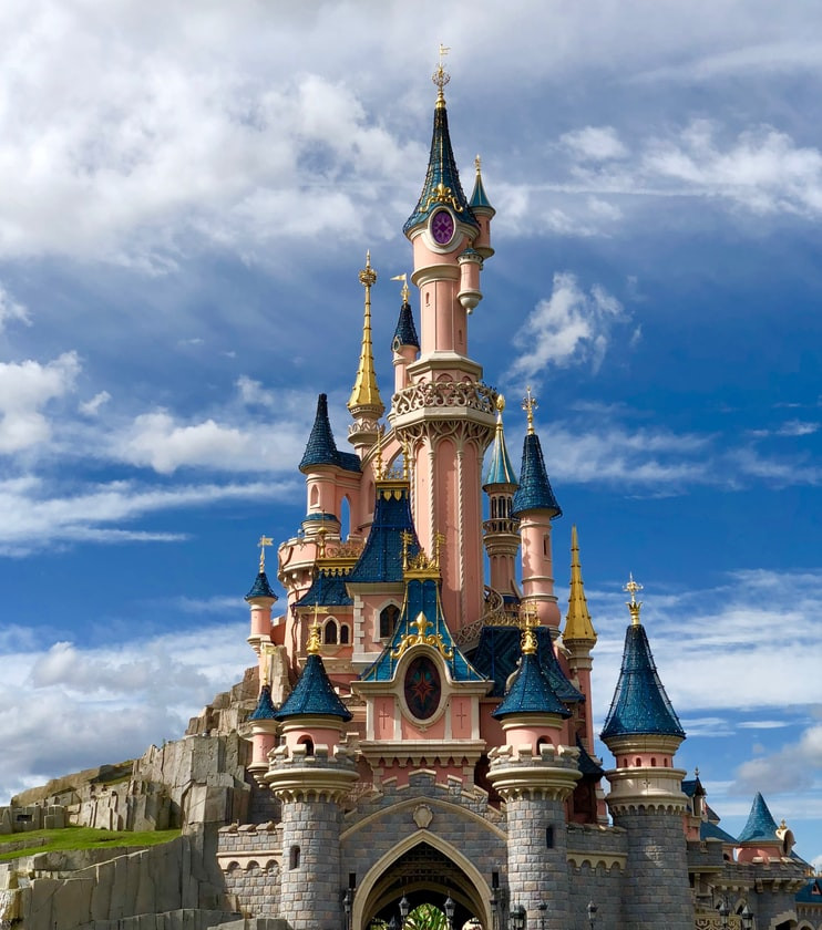 Disney castle photo Christian Wagner via unsplash.com