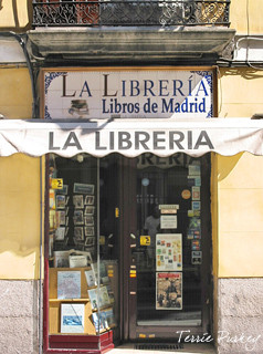 Bookstore front in Madrid photo by Terrie Purkey