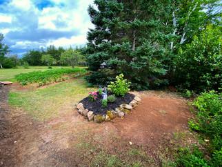 Cabin planter