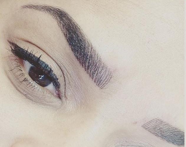 Création sourcils poils à poils à lalibanaise