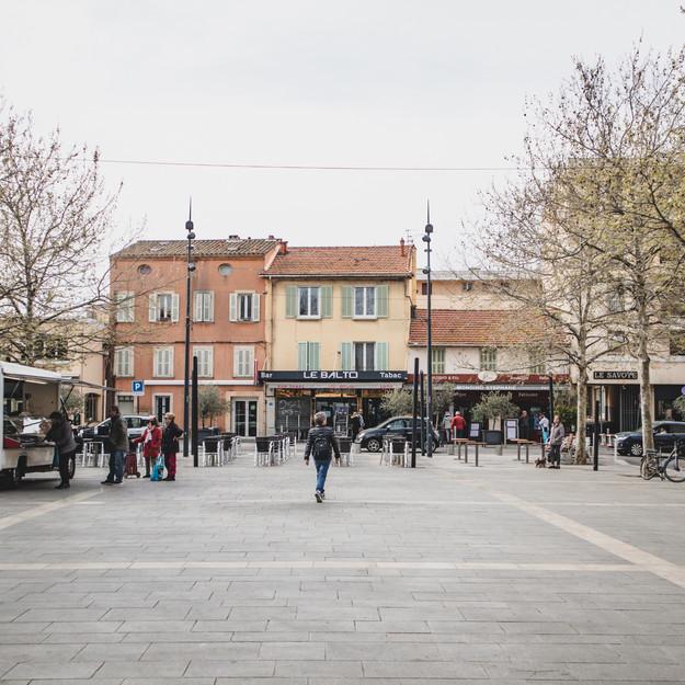 Place des Poilus - Six Fours
