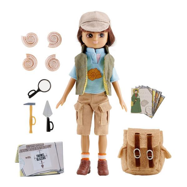 Fossil-Hunter-Lottie-doll-1_b8280410-52a5-49f6-9be0-d8fa9429f7ae_grande