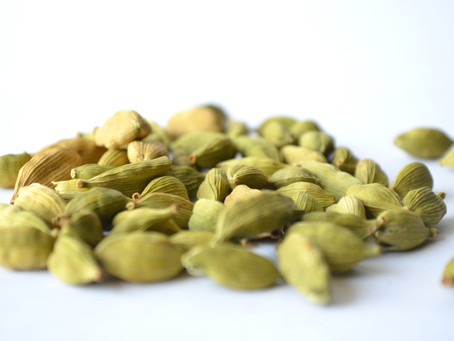 How to Use Cardamom to Improve Your Health