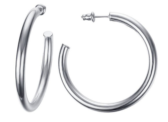 Classic hoops in silver