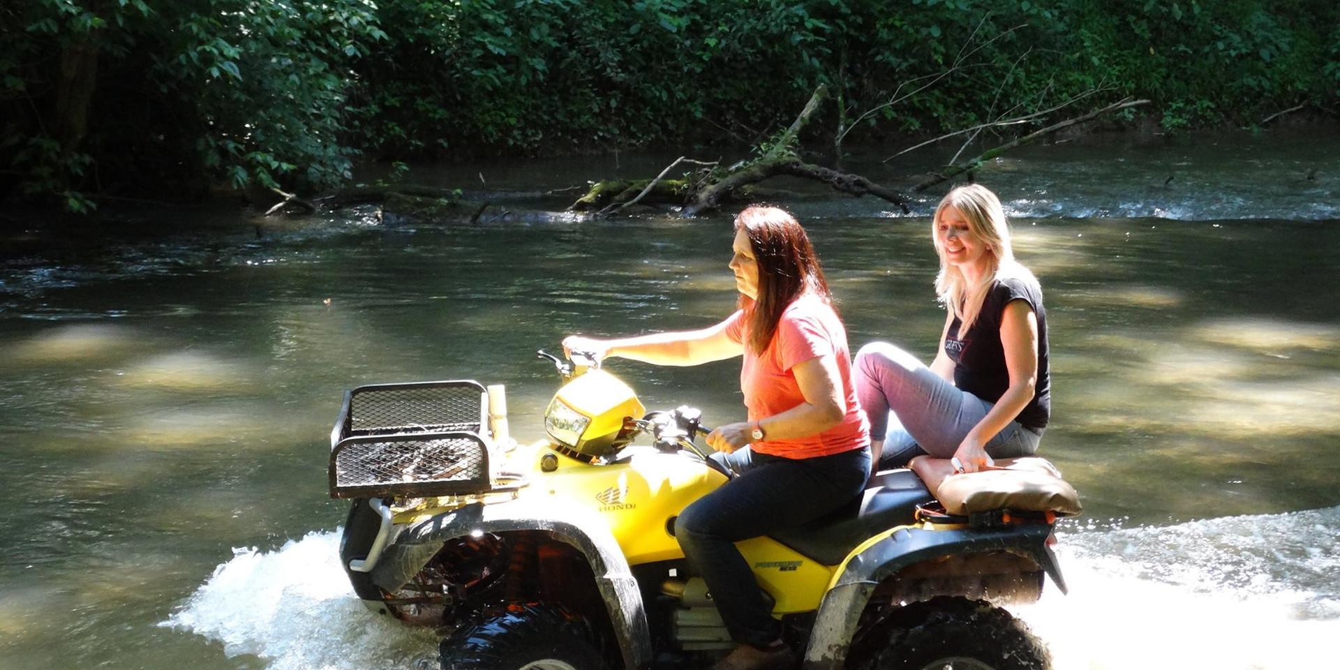 charming-creek-farm-summer (7).jpg