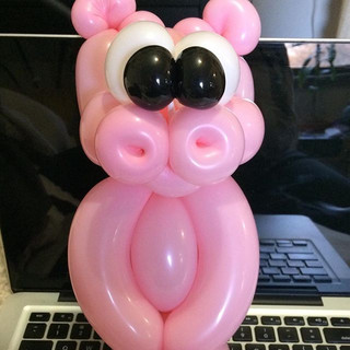 Piggy 🐷  #pigballoon #balloonsculpting