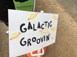 Galactic' Groovin'!