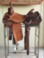 Roohide barrel saddle.JPG