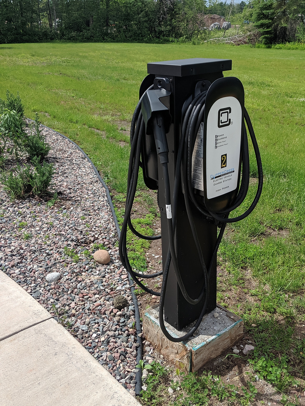 Photo of the Hampton charging station. The hotel currently offers two charging points.